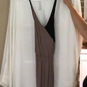 Dresses & Skirts - Black tan maxi dress